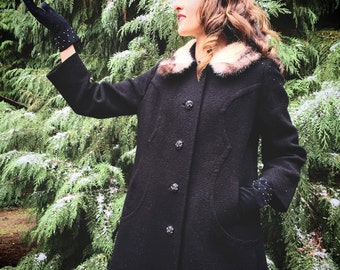 Vintage 50s, Black Wool Coat, White Fur Collar // 1950s, Outerwear, Size Large