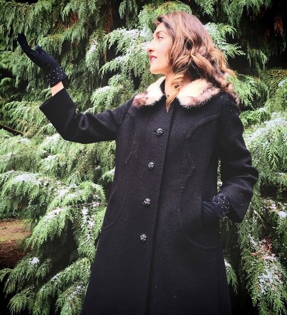 Vintage 50s, Black Wool Coat, White Fur Collar // 1950s, Outerwear, Size Large