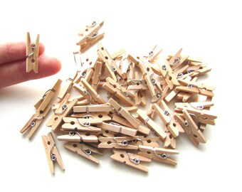 50 Mini pegs natural wood 25mm - Little wooden pegs memo clips - Mini wood clothespins - Little pegs - Wood mini clips - Small pegs wood