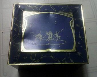 The Globe Soap Co, Cincinnati Ohio mid century soap tin.