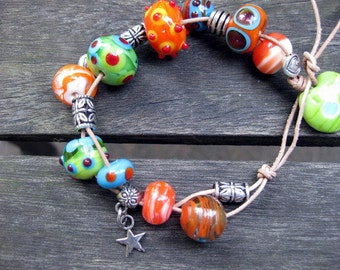 Colorful - colorful Bead Bracelet in orange, green, sky blue