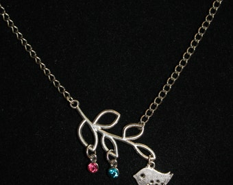 Baby buds mother's necklace