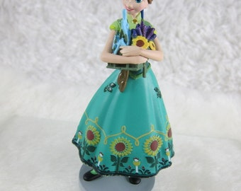 Anna Cake toppers Figurine, Frozen CAKE TOPPER, Priority Mail Shipping