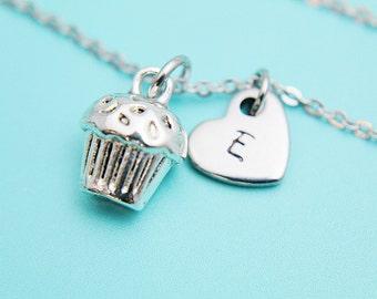 Silver Cupcake CharmBracelet, Cupcake Charm Bracelet, Cupcake Bracelet, Silver Bracelet, Cupcake Pendant, Personalized Initial Bracelet