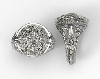 Celtic shield signet ring - Sterling silver, 10-22k Gold, Palladium or Platinum