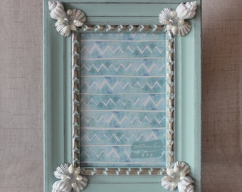 Seashell Picture Frame, Seashell Photo Frame, Cottage Decor, Beach Decor, Nautical Decor, 4x6 Picture Frame, Shabby Chic Picture Frame