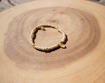 Gold Leaf Charm Bracelet