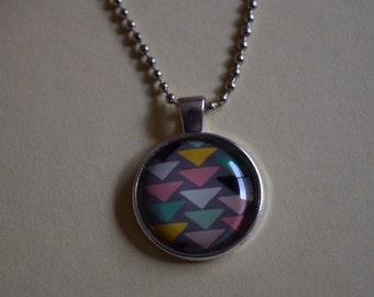 25mm triangle pendant