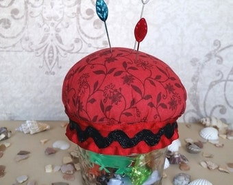 Cute Mason Jar Hijab Pin Cushion - Black Vines on Red