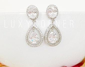 Crystal Bridal Earrings, Crystal diamond Wedding earrings, Bridesmaids Earrings Gifts, PROM earrings, homecoming, teardrop earrings, dangle