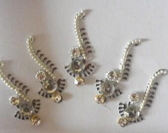 Silver Bindi,Tikka,Long Bindi,Indian Bindi,Silver Long Bindis,Body jewelery,Face Tattos,Bollywood Designer Bindi,Holoiday beach tikka bindi