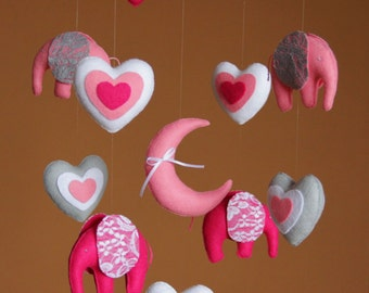 Baby mobile Elephant mobile Baby girl mobile  Nursery mobile Crib mobile Mobile baby Baby shower gift Hearts mobile Elephant nursery Pink