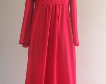 Vintg. 1970's boho Scarlett red angel sleeved empire line gown