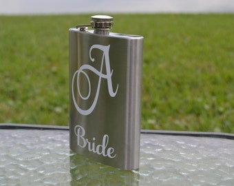 Bride Flask, Wedding Party Flask, Bride Gift, Wedding Gift, Engagement Gift, Personalized Flasks