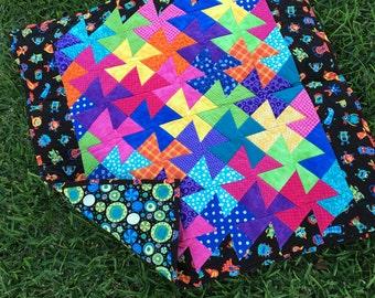 Twistin' Colorful Pinwheel Quilt