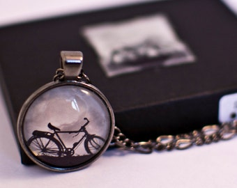 Bicycle Necklace, Bike Necklace, Bicycle Pendant, Vintage Bicycle, Bike Gifts, Cyclist Gift, Hipster Jewellery, Cycling Gift, Gunmetal
