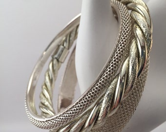 Vintage bracelets, vintage bangles, lot of 3 bangles, 3 silver metal bangles