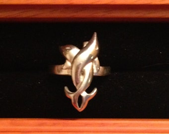 sterling silver tangled dolphin ring, size 8