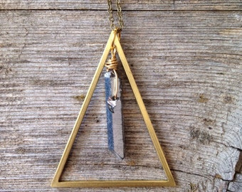 Triangle gemstone necklace, brass, quartz