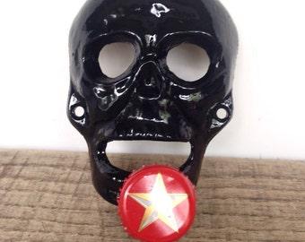 Cast Iron Skull Bottle Opener - Wall Mounted Beer Opener - Halloween Kitchen Decor - Stocking Stuffers For Men - Boyfriend Christmas Gift