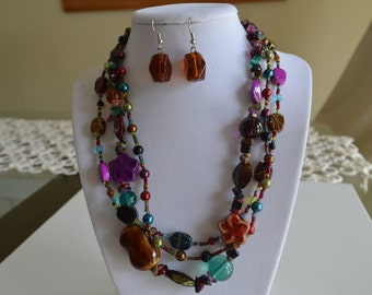 Multi-shape Earth Tone triple stand Multi-color Glass Beaded Choker Necklace & Earring Set