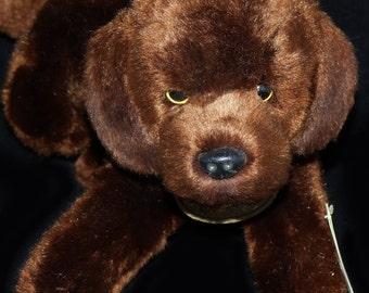 Yomika Classics Chocolate Labrador Dog - 318