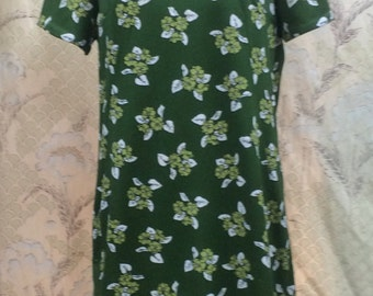 1960s Green Floral Dress/Asian Style Dress/1960s Green Shift Dress