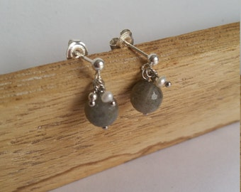 Earrings little stone - Labradorite, pearls of water soft and Silver 925