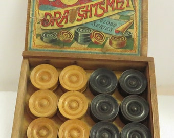 "VINTAGE QUALITY ""DRAUGHTSMEN"" Checkers Pieces in Original Box."