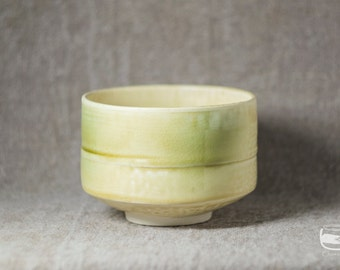 Chawan matcha bowl for Japanese tea ceremony made in Kizeto technique - vintage handmade *0338