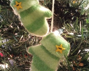 Christmas ornament Mittens (10)