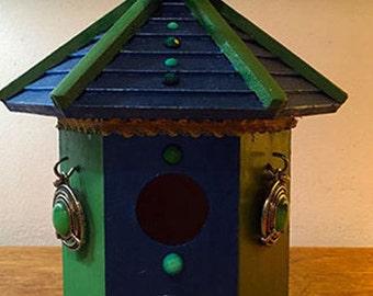 Jade Pendant Birdhouse