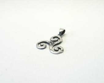 Triskele Triskilian jewelry pendant Celtic Silver 925