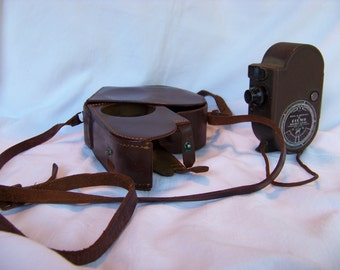 """Vintage Bell & Howell Filmo Double Eight """"Companion"""" Cine Camera with Leather Case"""