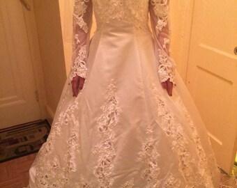 Women's Wedding Gown
