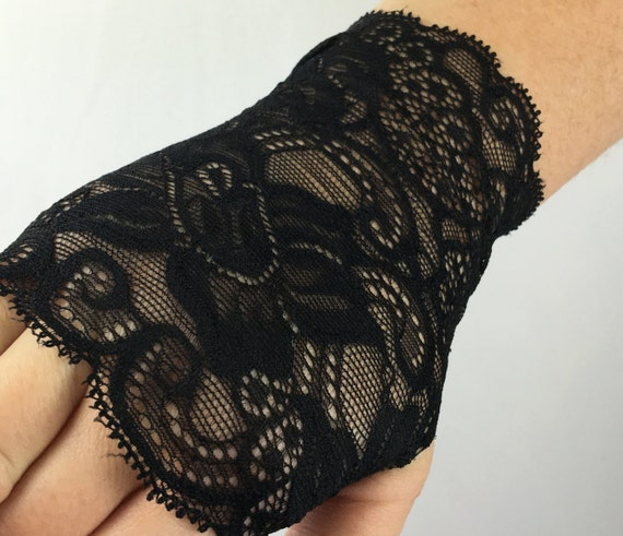 Black lace fingerless gloves wrist accessories boho tattoo for Lace glove tattoo