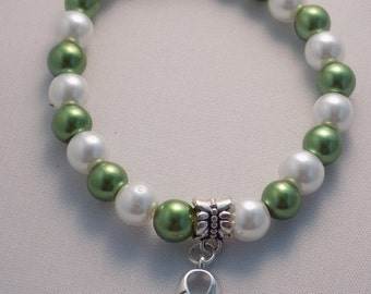 Handmade Green Kidney Cancer Hope Charm Awareness Medium Stretchy Bracelet
