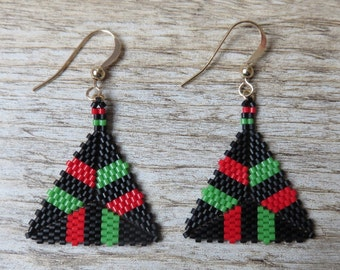Pan African colors triangle peyote earrings. Red Black Green. 14k gold filled.