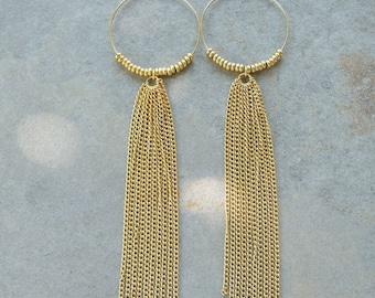 Selwyn Long Chain Tassel Hoop earrings/Shoulder Dusters/Fringe Earrings/Big Eoop earrings/Boho Jewelry/Gold Earrings/Gold Hoop Earringd