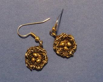 Birds Nest Bird Eggs Earrings Antiqued 24 Karat Gold Plate EG348