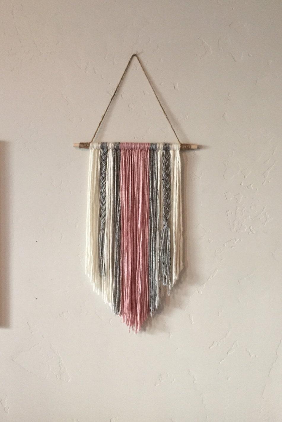 Modern yarn wall hanging for Yarn wall hanging