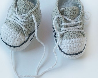 Light grey Crochet baby sneakers, Converse crochet baby shoes, Inspired Converse style baby booties, Crochet sneakers