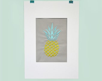 FRESH PINEAPPLE / / yellow / / embroidery design / / incl. MAT A4