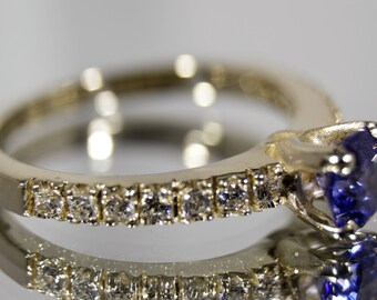 Round Cut Simulted Tanzanite Diamond Ring, 14K Solid White Gold Ring, 14k Gold Ring, Simulted Tanzanite Ring