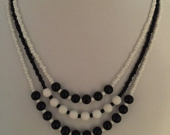 Black and White Necklace #293