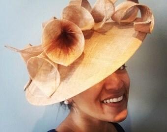 Caramel race hat / headpiece / fascinator with calla lilies