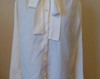 Vintage White Blouse, Vintage Bow Tie Blouse, Vintage Button Up Blouse