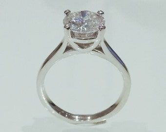 Elegant Solitaire with Forever One Moissanite
