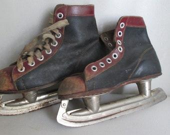 Vintage Boys Clipper Ice Skates