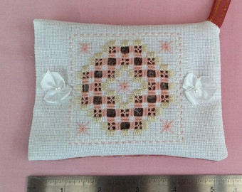HANDMADE LAVENDER BAG Embroidered in Hardanger style with pink and fawn thread.